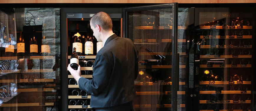 Wine cabinet 6000 Series - Auberge des cimes restaurant- St Bonnet le Froid & Temperature wine cellar - Series 6000 : Maturing or wine serving ...